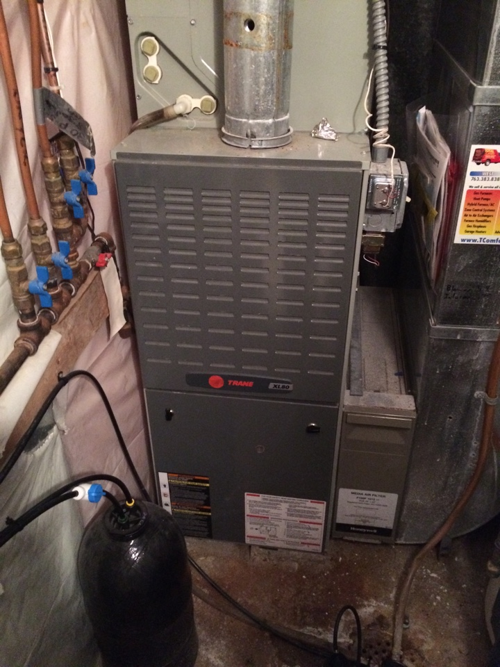 Excelsior, MN - Maintenance on a xl80 trane furnace