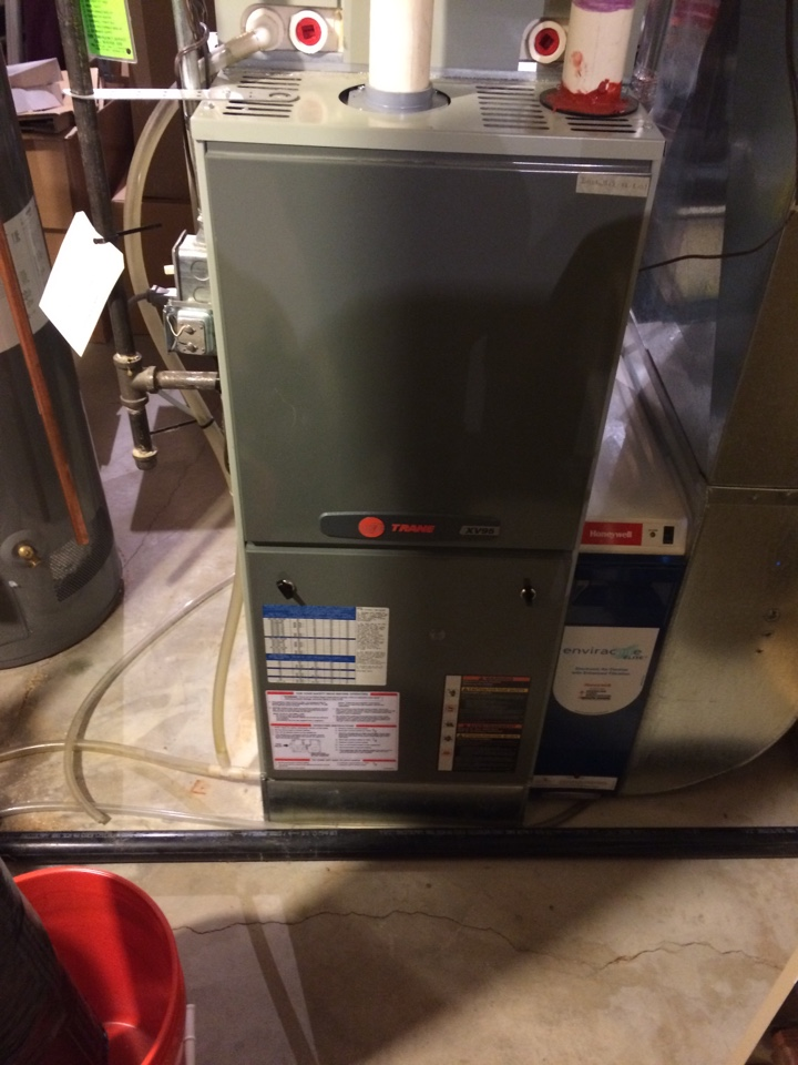 Lakeville, MN - Maintenance on trane xv95 furnace