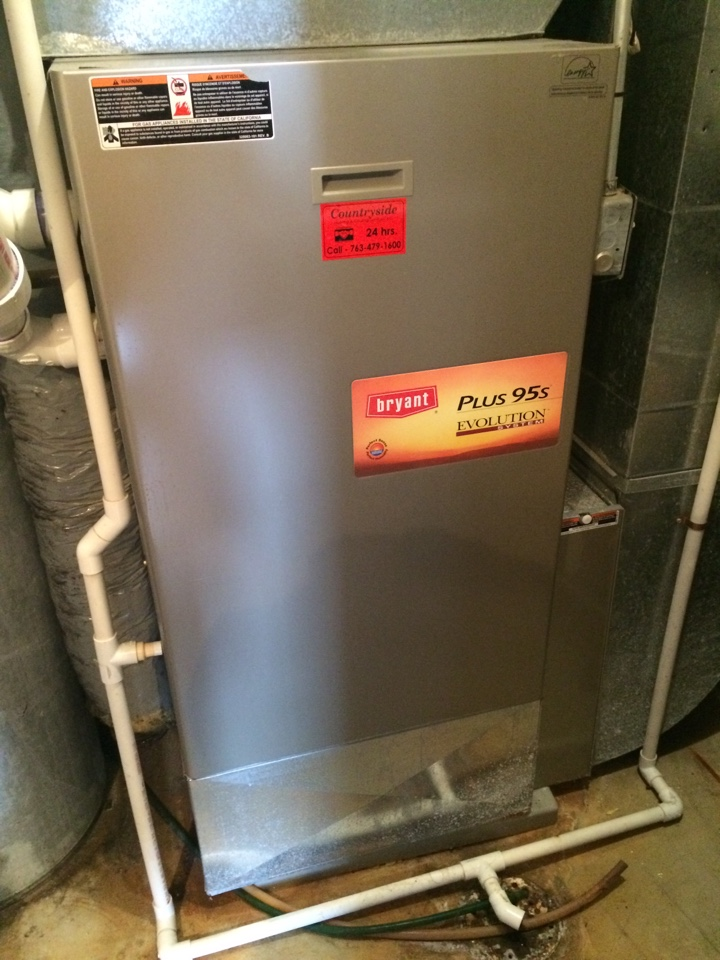 Maple Plain, MN - Maintenance on a Bryant plus 95s evolution furnace