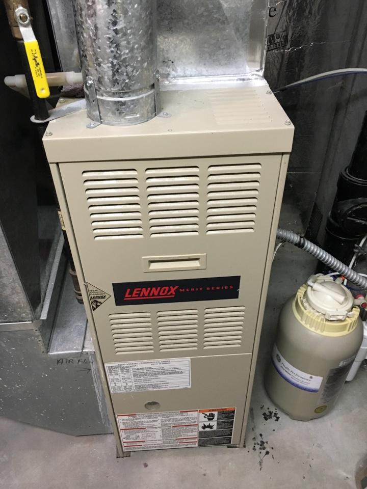 Prior Lake, MN - Maintenance on a Lennox merit series furnace