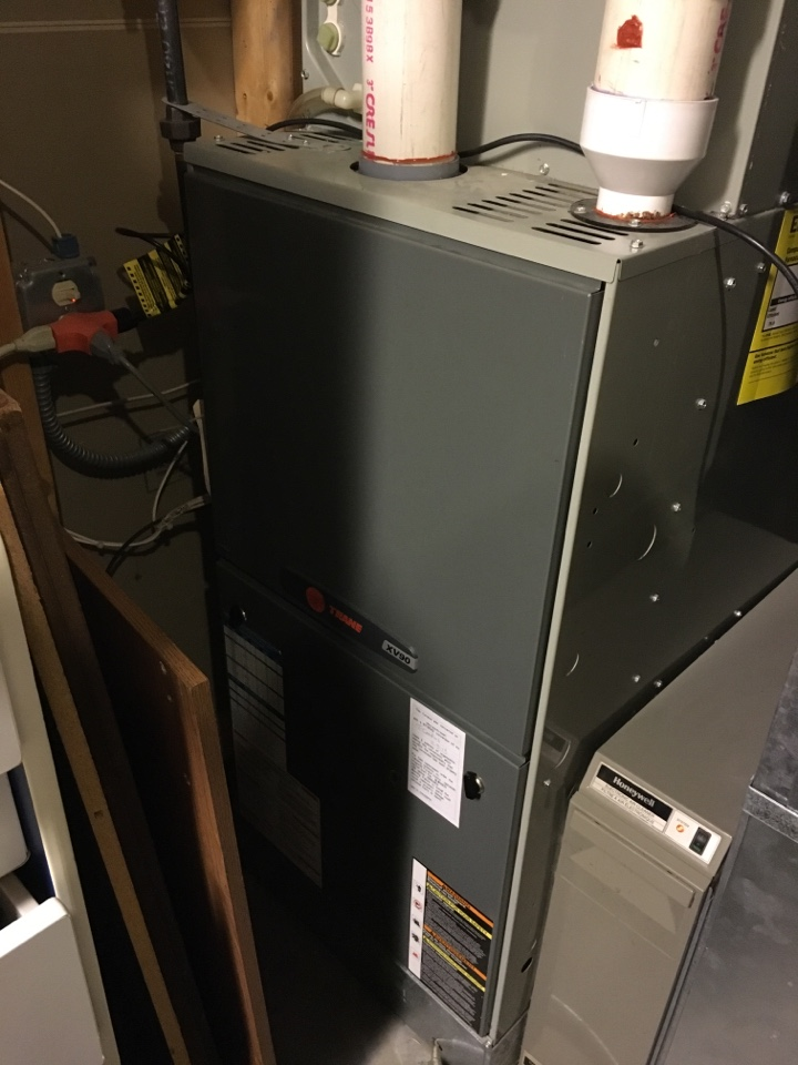 Rosemount, MN - Maintenance on a xv90 trane furnace