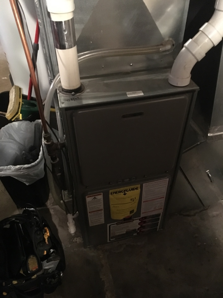 Saint Paul, MN - Maintenance on rheem furnace