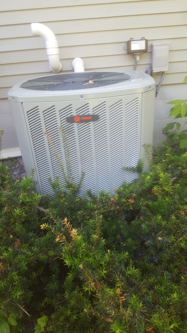 Eden Prairie, MN - AC tune up repair service