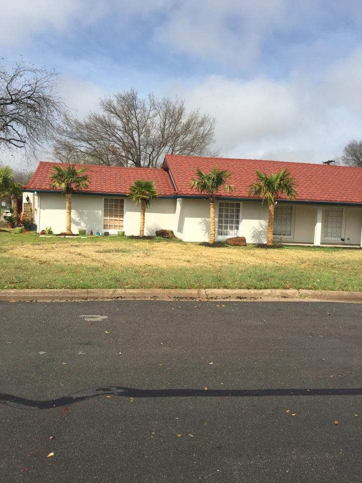 Haltom City, TX - Working on Nest thermostat