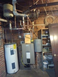 Asheville, NC - Replaced oil furnace with Weil McLain wm97+70 hot water gas boiler