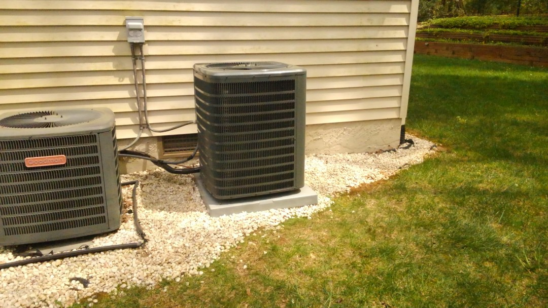 Hendersonville, NC - Installed a new Goodman heat pump with a Honeywell t6 thermostat