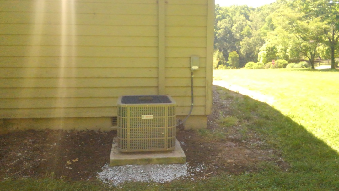 Mills River, NC - Replace a Lennox signature series heat pump with a Bosch inverter heat pump plus a Honeywell t6 thermostat