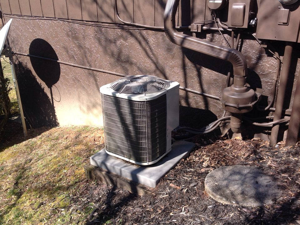 Pisgah Forest, NC - Heat pump tune up