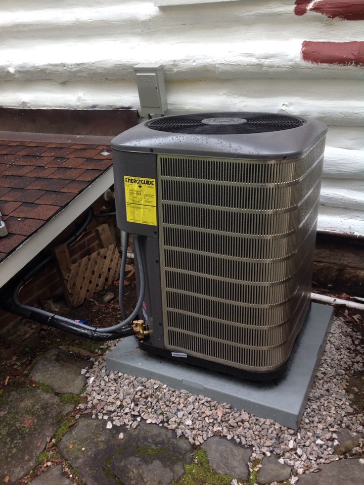Laurel Park, NC - Maytag 4 ton air conditioner