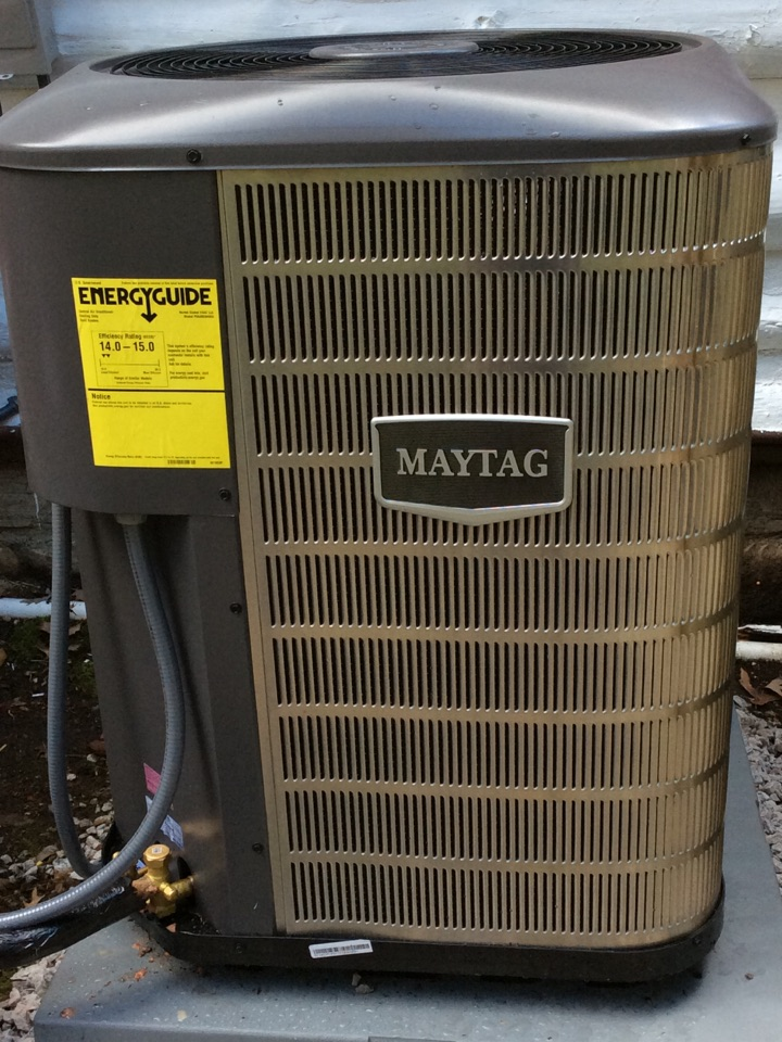Laurel Park, NC - Install the two-stage Maytag gas furnace 90% or so AC unit
