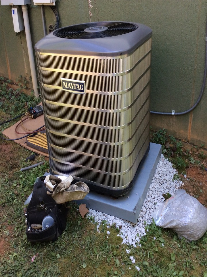 Asheville, NC - Installed a new Maytag 2 stage heatpump with modulating compressor