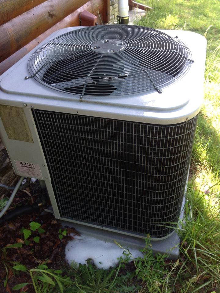 Mills River, NC - Comfort maker heat pump carrier air handler