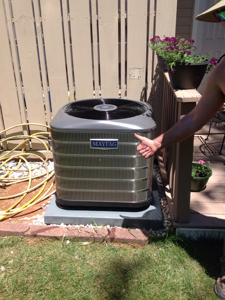 Hendersonville, NC - Maytag air conditioner