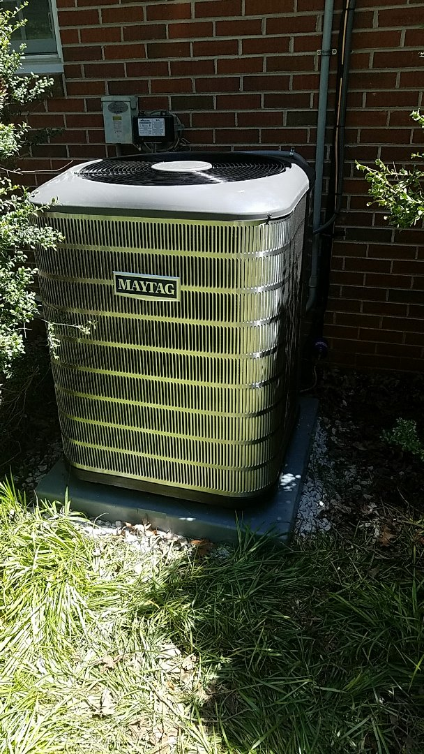 Residential HVAC installation of 4 ton Maytag air conditioner with matching air handler (fan coil)