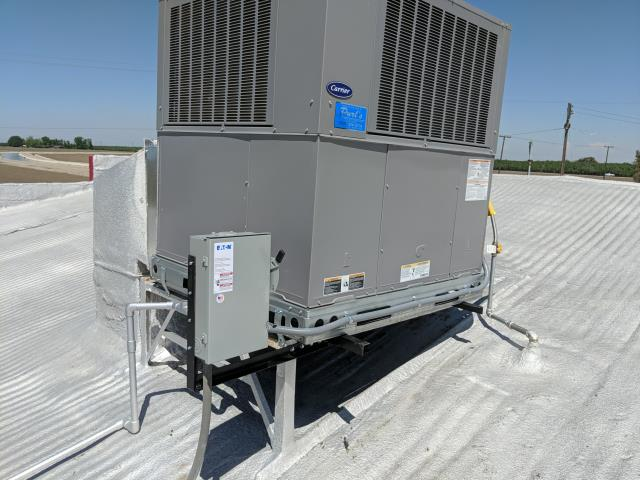 Firebaugh, CA - Change out with new Carrier gas-electric package unit-