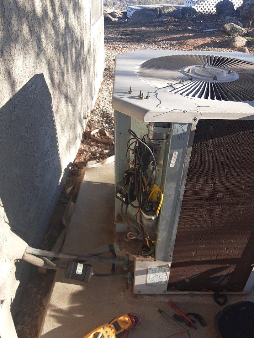 Coarsegold, CA - Condensing unit not cooling.  Made repair and restored air conditioning to customers home.