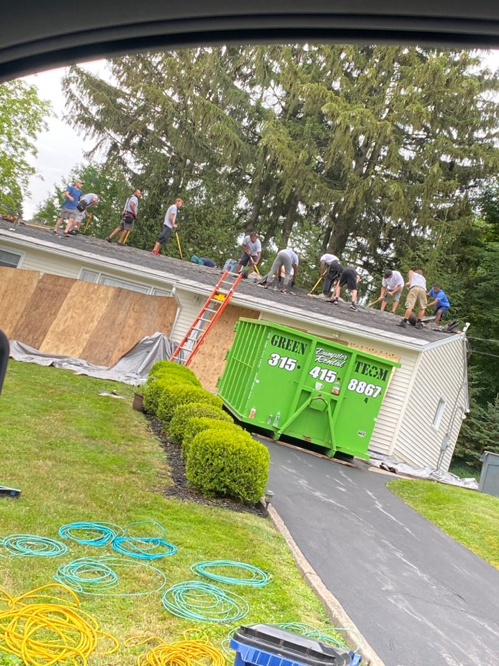 Syracuse, NY - Complete tear off and new roofing system in camillus!