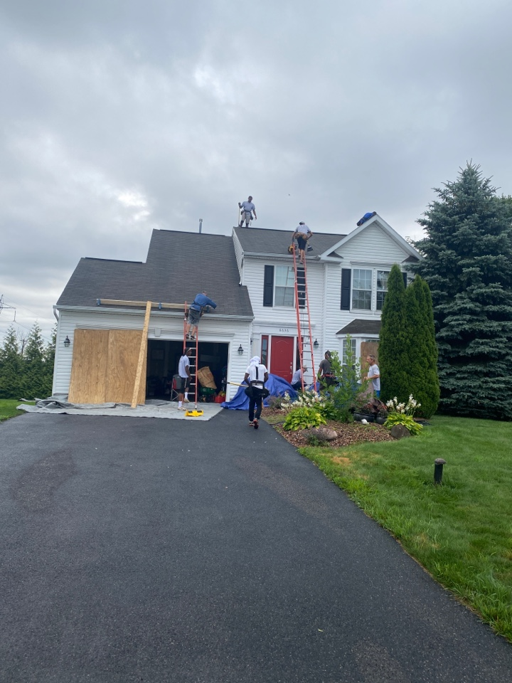 Cicero, NY - Full roof replacement in Cicero!