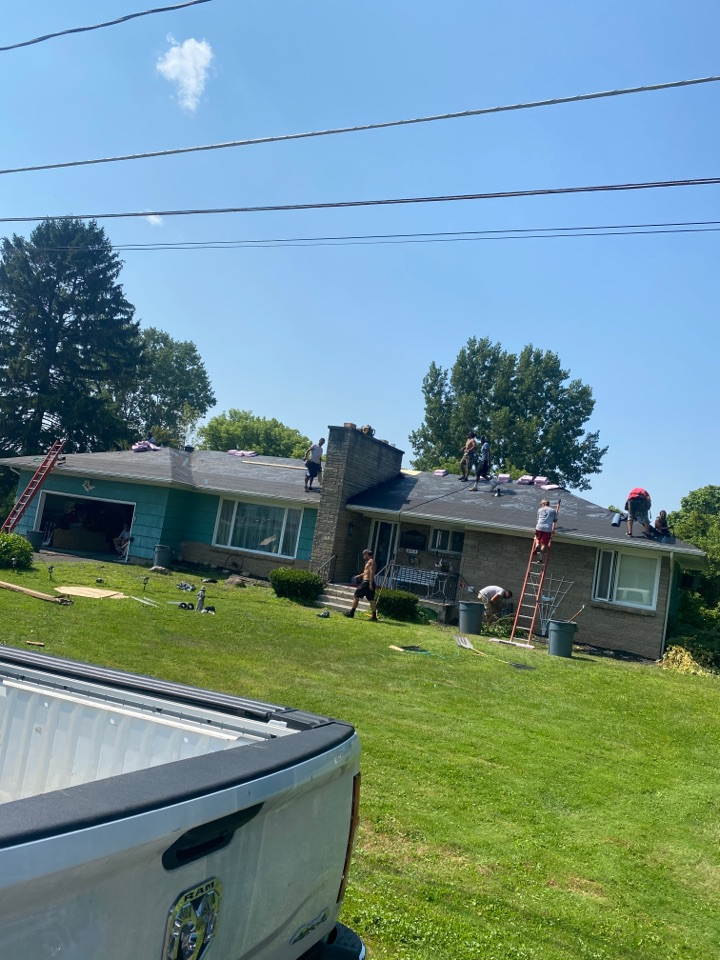 East Syracuse, NY - Complete tear off and new roofing system on this hip style ranch in East Syracuse! 70 sheets of plywood changed!