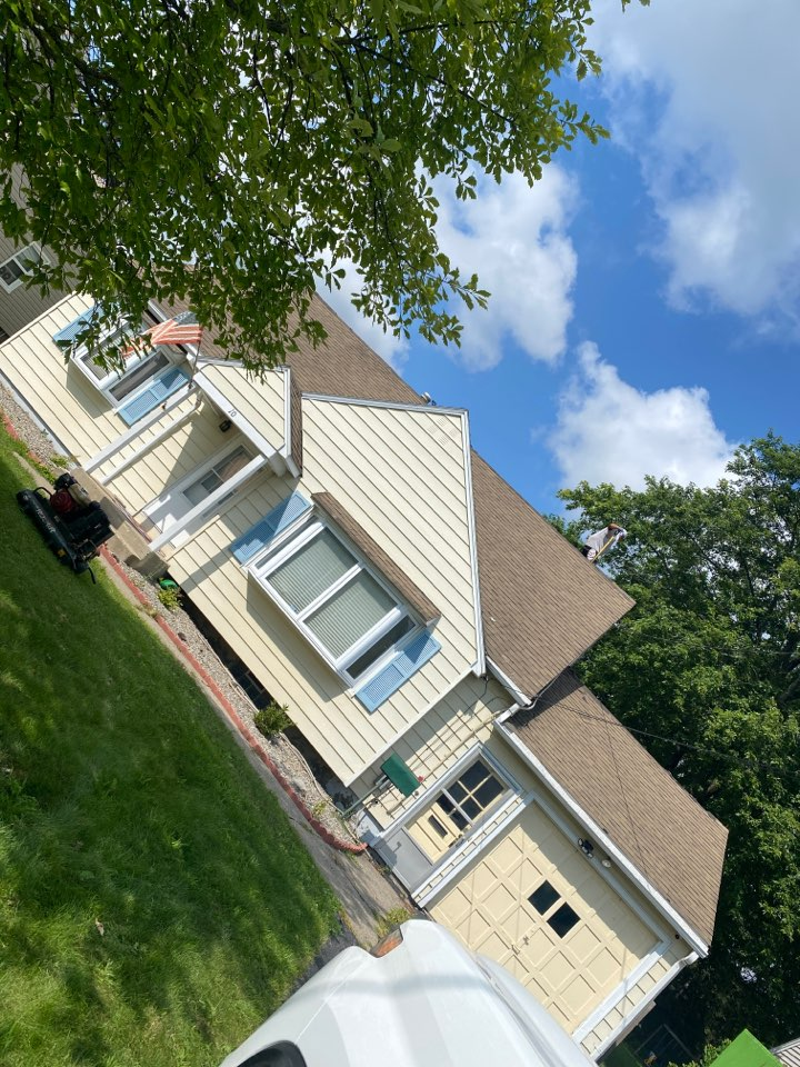 Syracuse, NY - Starting this complete tear off and new roofing system on this cape in fairmount!