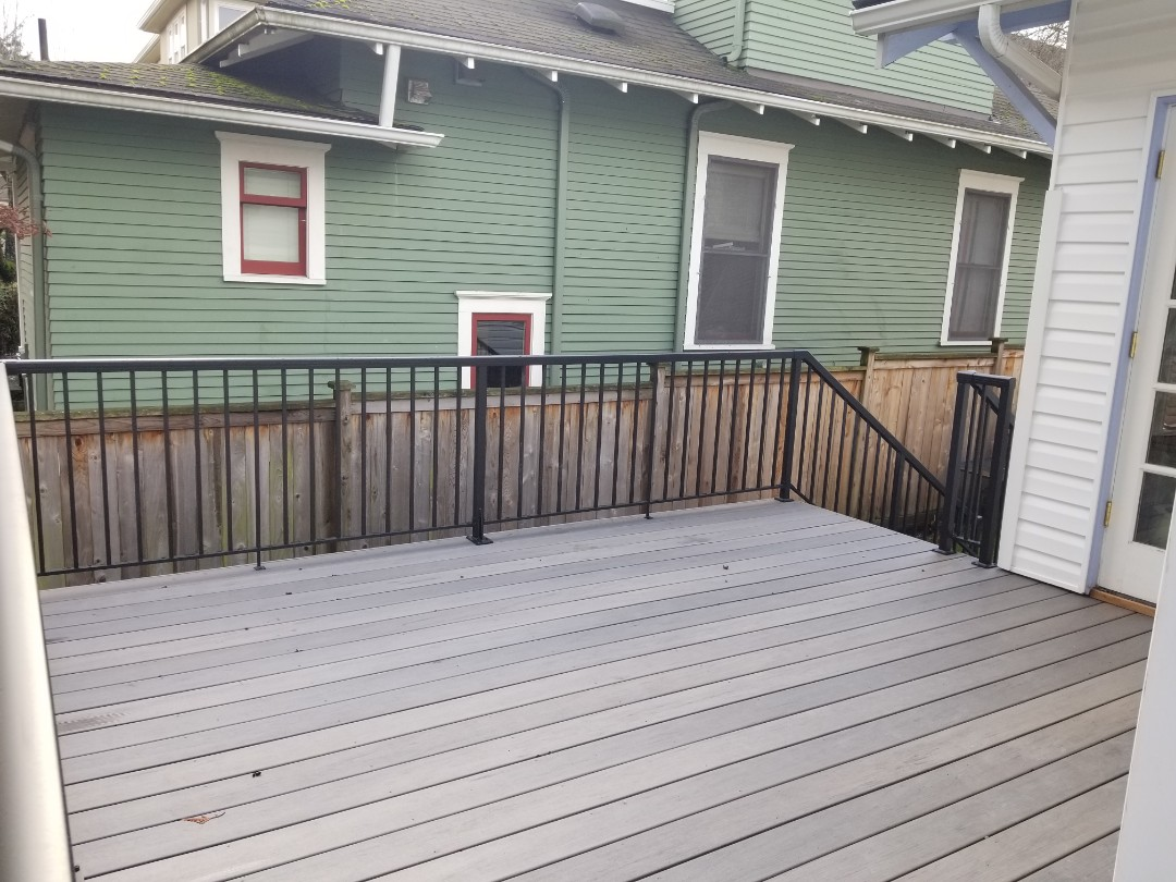 Seattle, WA - Checking in on a new Timbertech Deck install in Seattle