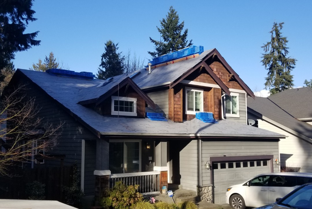 Bothell, WA - Roof install in Bothell today