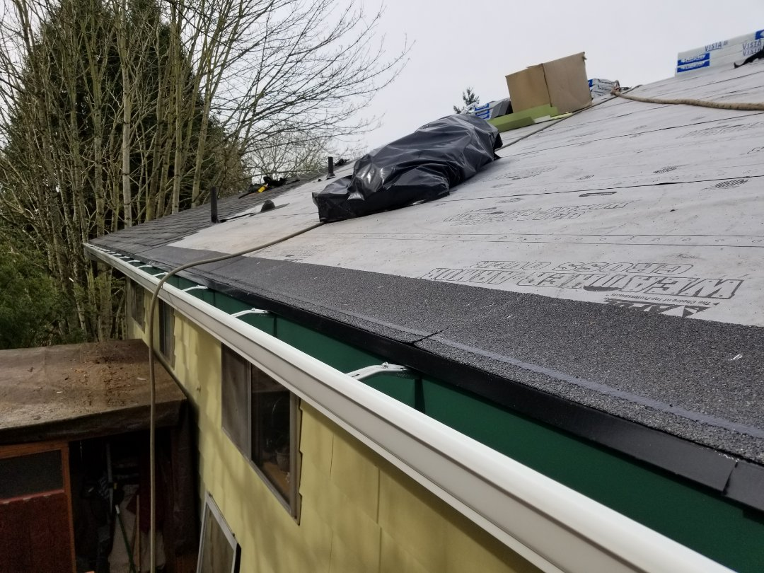Bothell, WA - Roofing and gutters in Bothell