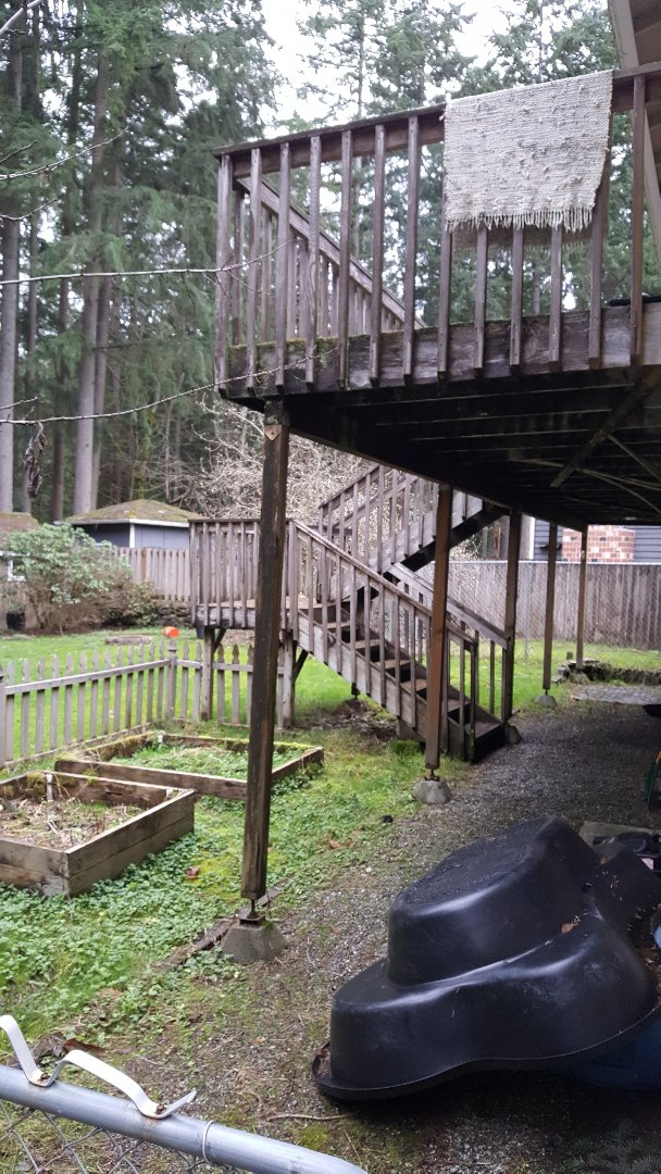 Woodinville, WA - Making changes to new cedar deck in Woodinville, Wa