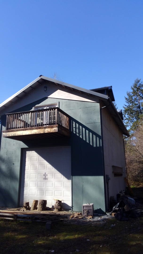 Spanaway, WA - Estimating a Standing Seam Metal roof for my customer that wants solar power here in Spanaway.