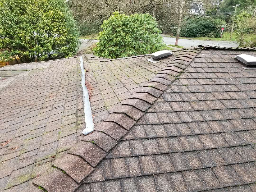 Seattle, WA - Call your local Seattle Roofing company today. State Roofing is the ones who love to roof.