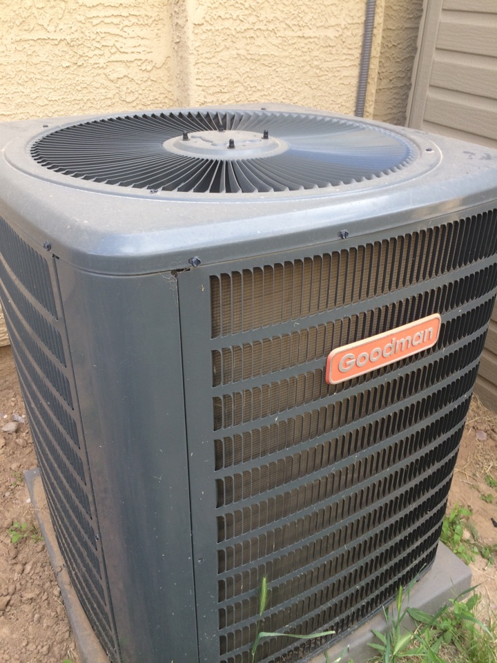 Queen Creek, AZ - Maintenance on a Goodman heating and cooling system.