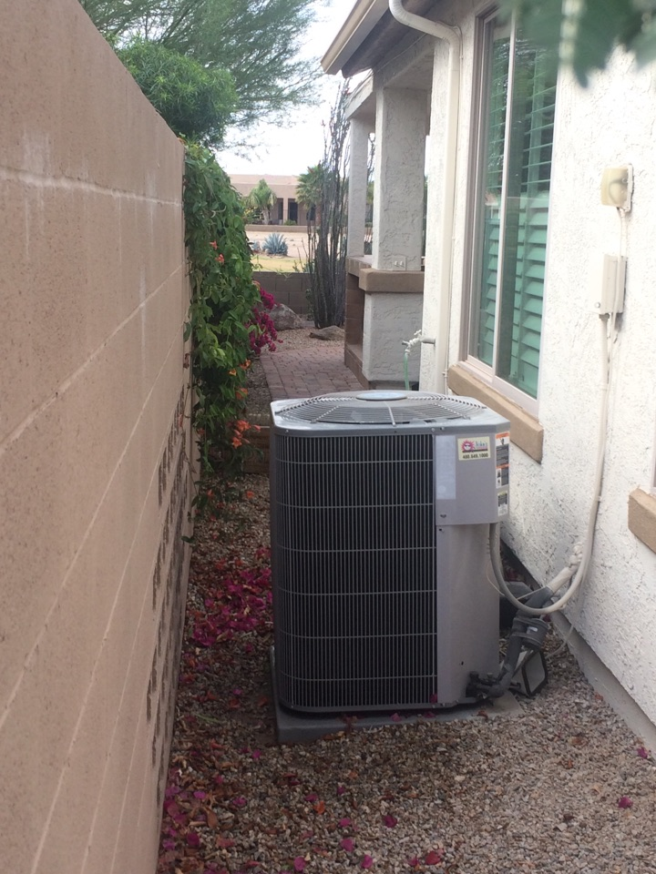 San Tan Valley, AZ - Completing routine maintenance and cleanings on a Carrier split furnace