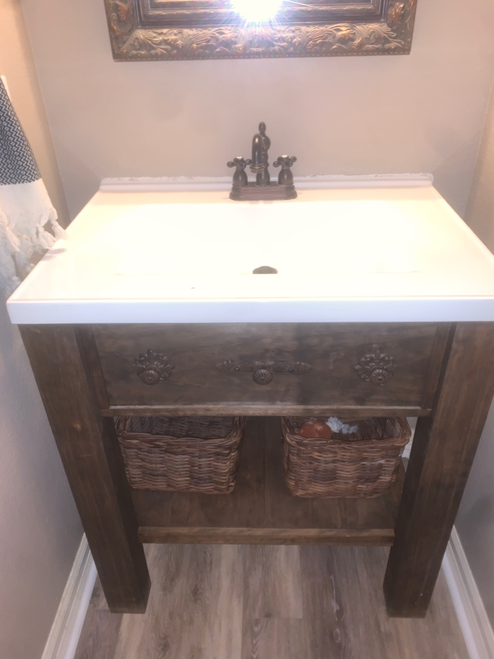 Round Rock, TX - Swapped out toilet and replaced sink so new flooring could be put in