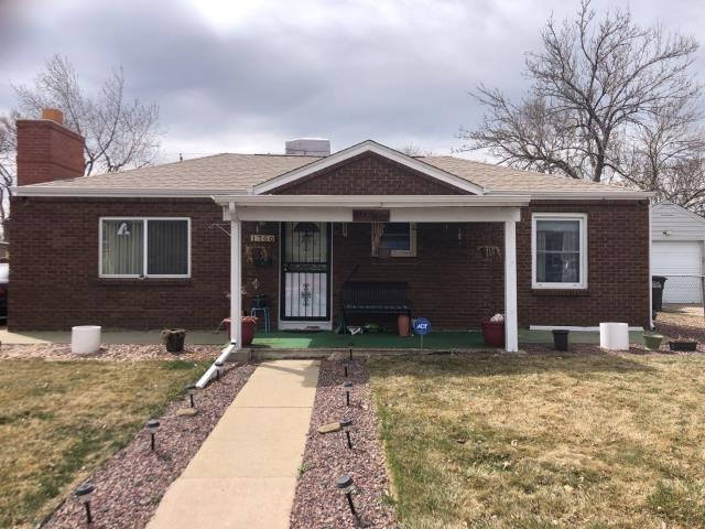 Denver, CO - Roof inspection in Denver for a full replacement