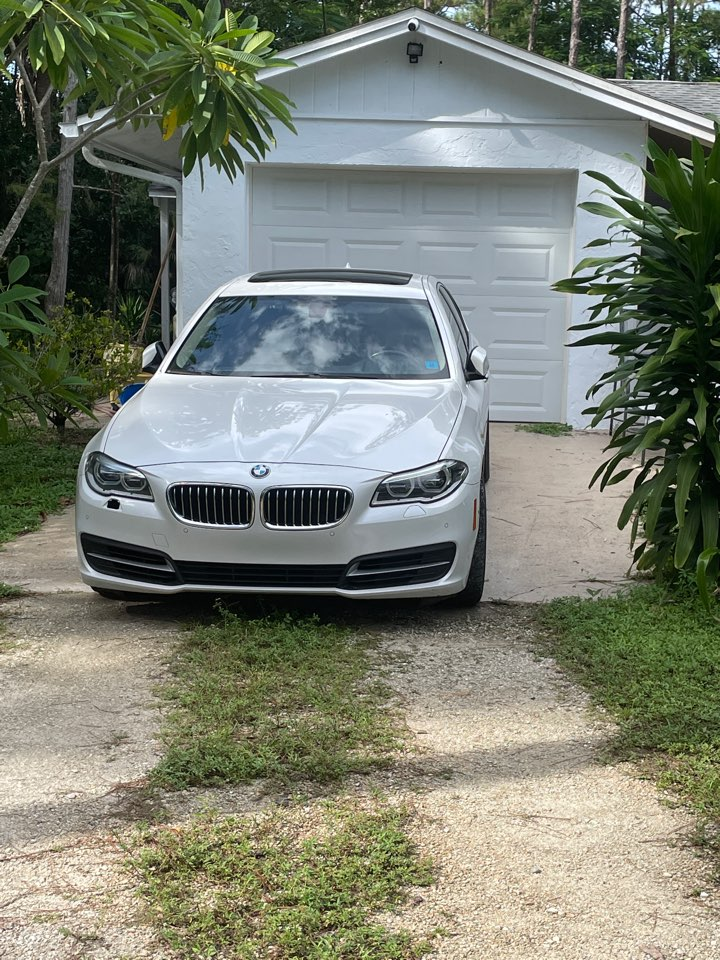 Naples, FL - Solar panels for people who owned BMWs