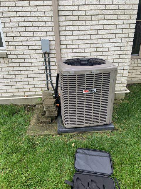 Centerville, OH - Performing a Tune Up & Safety Check on the Customer's t Air Conditioner Unit.