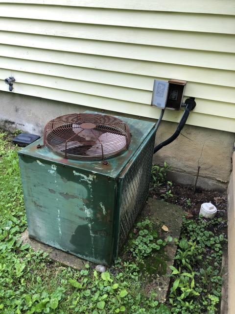 Miamisburg, OH - Provided Free in home estimate on new Carrier 80% 45,000 BTU Gas Furnace and Carrier 13 SEER 2 Ton Air Conditioner to replace existing Williamson equipment.