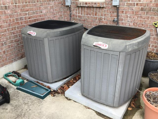 Springboro, OH - 	Performing a Tune Up & Safety Check on the Customer's 2006 Lennox Air Conditioner Unit