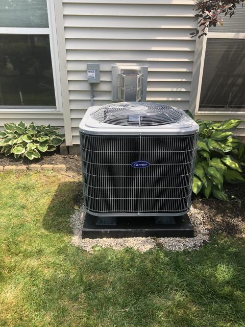 Centerville, OH - I installed a new Carrier 16 SEER 2 Ton Air Conditioner