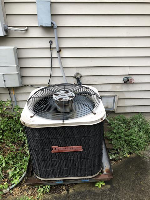 Dayton, OH - Performing our Five Star Tune-Up & Safety Check on a 2002 Ducane Air Conditioner  . All readings were within manufacturer's specifications, unit operating properly at this time.