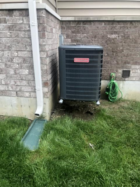 Springboro, OH - During a tune up on a Goodman air conditioner, I tested the wiring, pressures, temperatures and electrical components. I found that system components are all within manufacturers specifications.