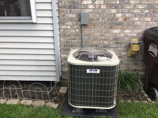 Carlisle, OH - I performed an installation inspection of a Five Star 80% 70,000 BTU Gas Furnace with a Aprilaire 500 Humidifier and a Five Star 13 SEER 2.5 Ton Air Conditioner. Everything operating properly at this time.