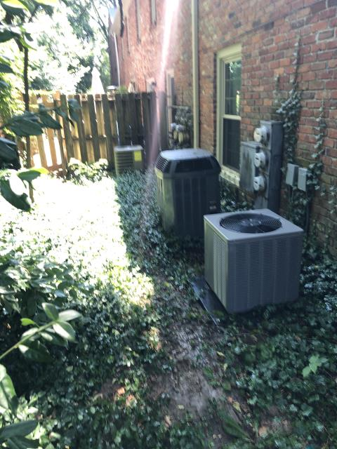 Centerville, OH - I arrived on site to perform an inspection on a Rudd Air conditioning system. During the inspection I found that the transformer had failed. There were other systems internally that were found to have failed, so I discussed options with the customer. The customer opted to go with an estimate for a new system. The customer will contact us when they decide whether or not to go through with the estimate. I turned off the breaker for the furnace to prevent further damage at the time of departure.