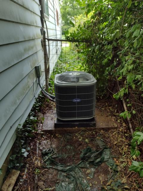 Dayton, OH - I arrived on site to perform an inspection of an installation of a Carrier 13 SEER 2 Ton Air Conditioner, to make sure everything was running correctly. Everything was running correctly at the time of departure.