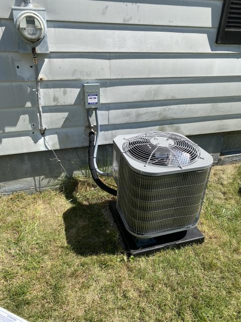 """Xenia, OH - I arrived on site to perform an inspection of a Carrier """"Infinity Series"""" 18 SEER Variable-Speed 3 Ton Heat Pump that we installed. During the inspection I found that the unit's thermostat wiring was bad. I replaced the wiring and the unit was running at full functionality at the time of departure."""