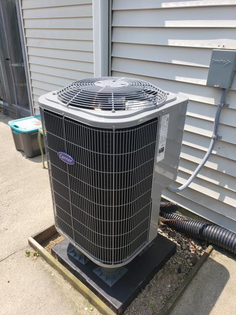 """Miamisburg, OH - I arrived on site to perform an installation for a Carrier Multi-Speed 1.5 Ton Electric Furnace / """"Slope"""" Coil and a Carrier 14 SEER 1.5 Ton Heat Pump, as they were the best fit for the customers home. I will return later on to inspect the unit and insure it is running properly, until then the unit is running at full functionality at the time of departure."""