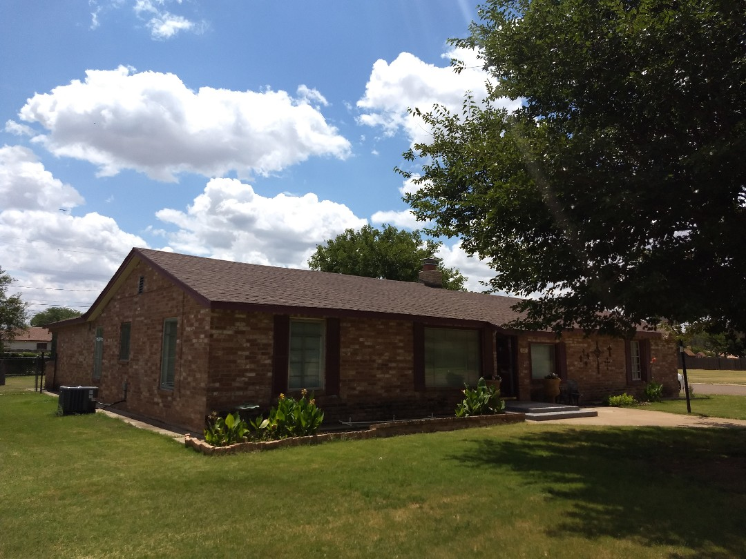 Floydada, TX - Free roof estimate for asphalt shingles with hail damage