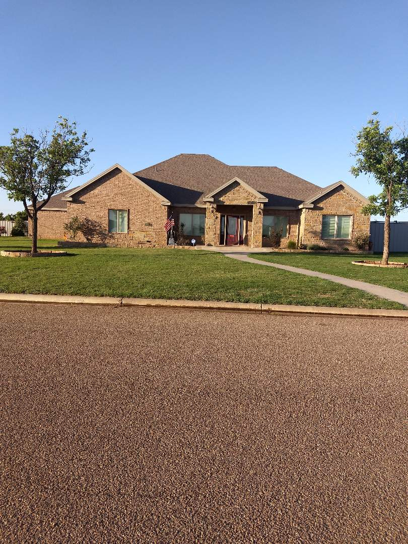 Lubbock, TX - Reroof for customer. Composition shingles, class 4 shingles, certified, 8/12 pitch.