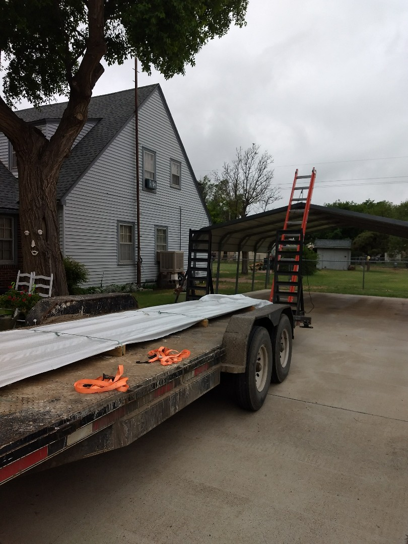 Dimmitt, TX - Gutter and carport installation