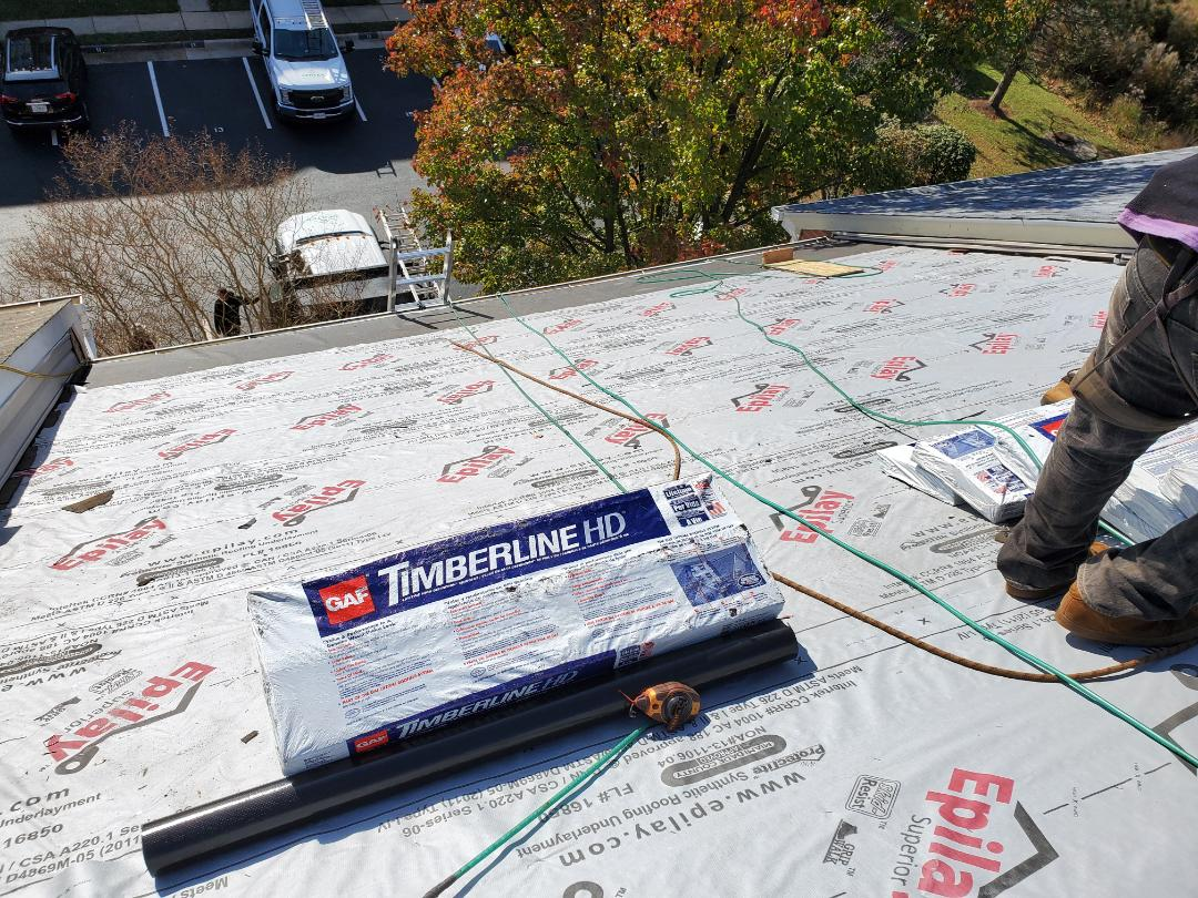 Fairfax, VA - Townhouse today getting knocked out. GAF Timberline HDs in Weathered Wood should look very nice.
